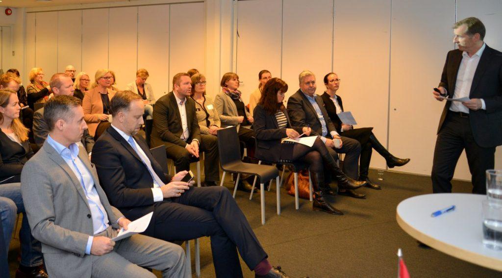 Godt oppmøte: Bransjen, departementene, Tilsyn og Ombud var godt representert på møtet i Oslo. (Foto: Peter Rånås, NEF)