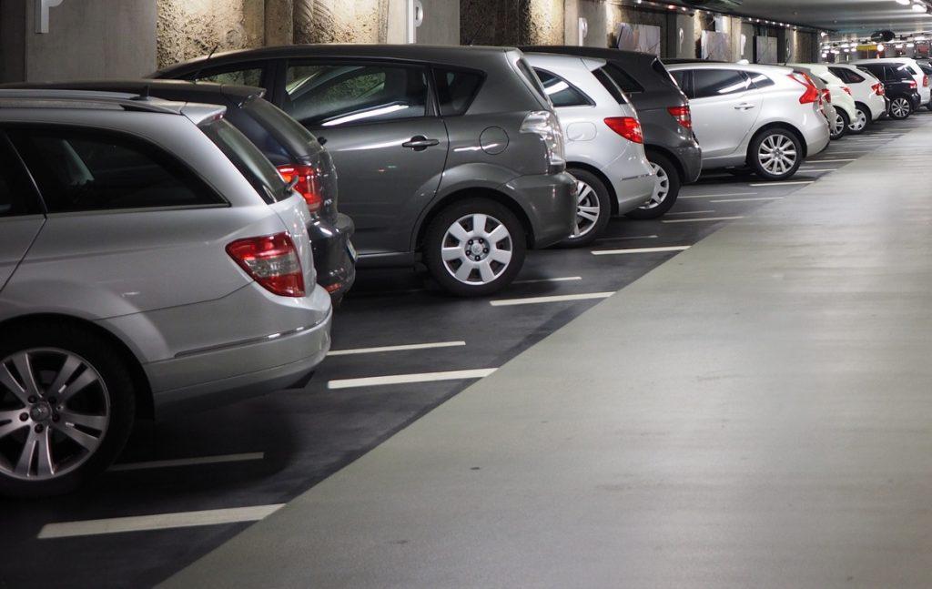 Parkering i eierseksjonsloven